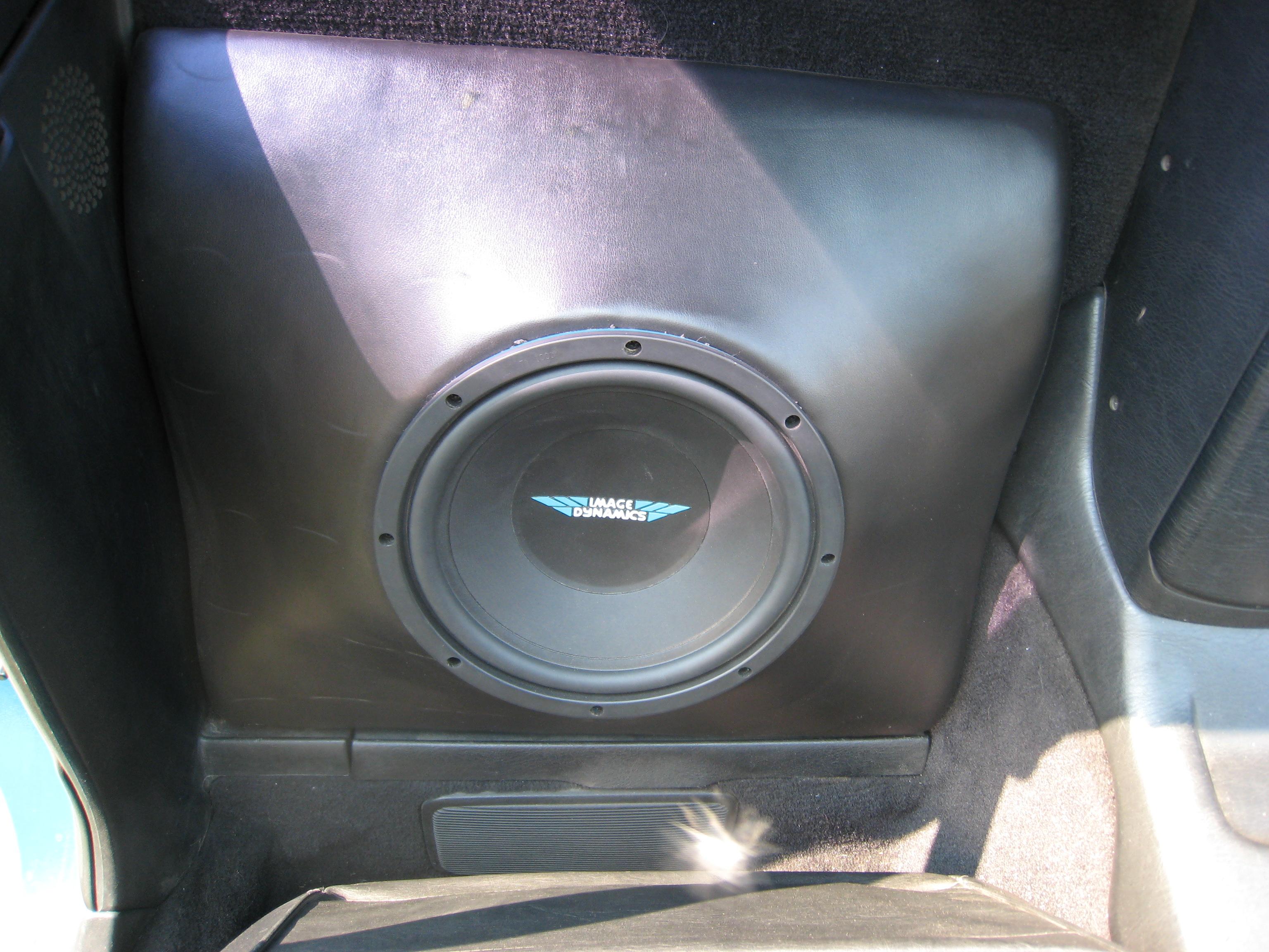 My  U0026 39 91 Toyota Mr2 12inch Sub Box Design --expert Opinions Please--